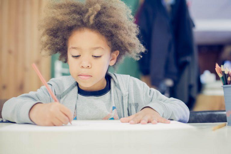 Activité 'Apprendre à dessiner – Dessin académique débutant' par Apprends et Rêve, activités pour enfants et ados à Paris