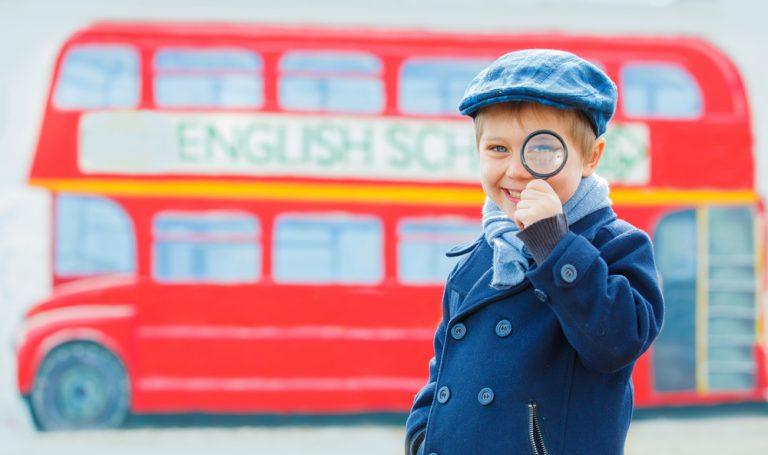 Activité 'Théâtre en anglais: parler pour jouer/ speak to act' par Apprends et Rêve, activités pour enfants et ados à Paris