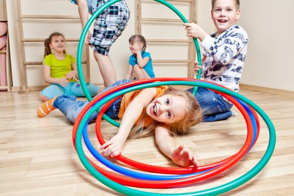 Activité 'Cirque, des défis et des jeux' par Apprends et Rêve, activités pour enfants et ados à Paris