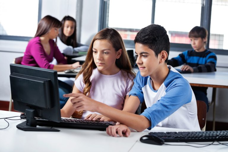 Activité 'Niveau AVANCÉ : Le Python, c'est passionnant!' par Apprends et Rêve, activités pour enfants et ados à Paris