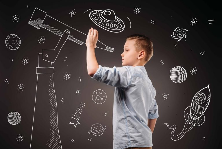 Activité 'La tête dans les étoiles' par Apprends et Rêve, activités pour enfants et ados à Paris